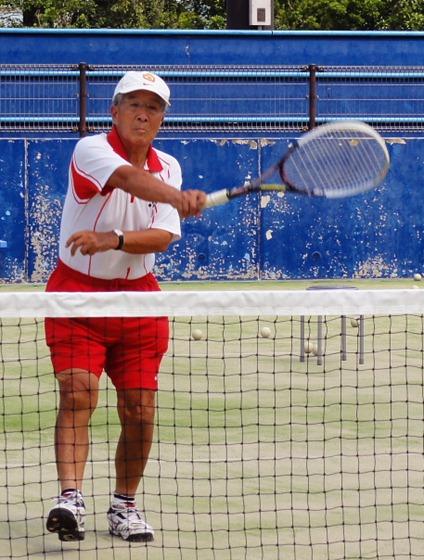 ねんりんピックソフトテニス 監督をかねて初出場 岡野修七さん(84)