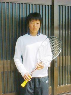 [4月 8日] ソフトテニスの頂点めざす 松山商業高校(重井中出身)柏原 香澄さん