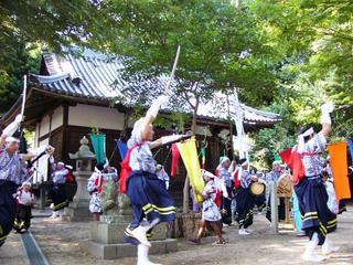 [8月19日] 広島県無形民俗文化財 中世継承する法楽踊り 椋浦と外浦で「とんだ・とんだ」