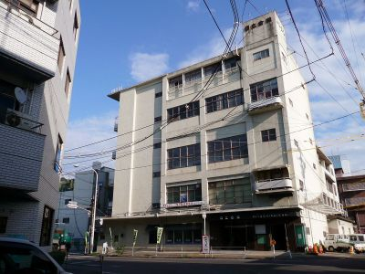日立会館解体始まる 来年3月には整地完了 跡地は因島病院駐車場