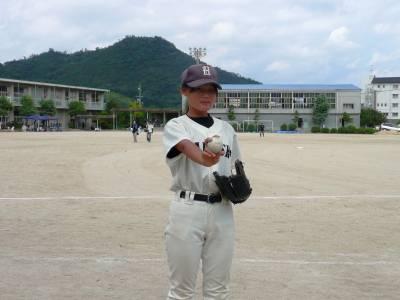 初の女性キャプテン 土生少年野球クラブ 戸川結惟さん(12)