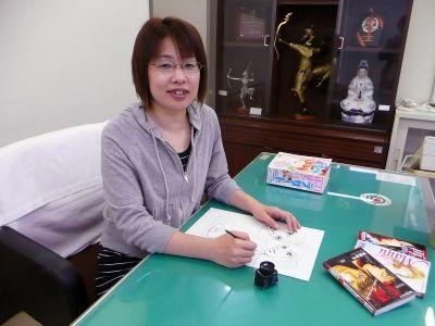 問題提起を続けたい 漫画家 海里真弓さん(34)