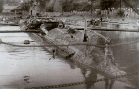 悲運の伊33号潜水艦 三庄ドック ...
