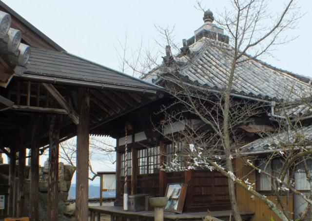 白滝山観音堂(因島重井町白滝山)